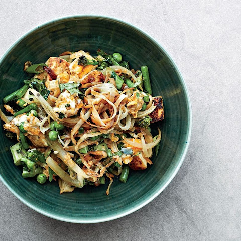 Gwyneth Paltrow's Singapore rice noodles