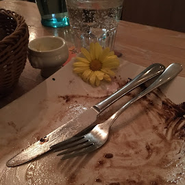 Aufgegessen by Marianne Fischer - Food & Drink Plated Food