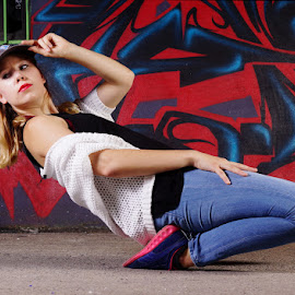The hip-hop dancer by Gabriel Talbot - People Musicians & Entertainers ( woman, hip-hop, mural, dancer )