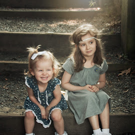 Roz and Ray by Jenny Hammer - Babies & Children Children Candids ( girls, sisters, children, siblings, cute )