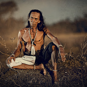DAYAK LOSARANG INDRAMAYU by Abe Less - People Portraits of Men ( senior citizen )