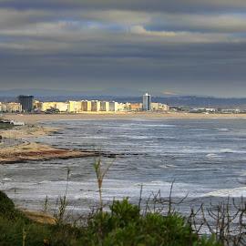 Figueira da Foz by Gil Reis - City,  Street & Park  Vistas ( beaches, cidade, weather, sea, places, portugal, city )
