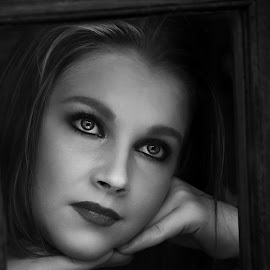 Nicolien in B&W by Willem Nel - Black & White Portraits & People ( dreamy, black and white, woman, beautiful, eyes )
