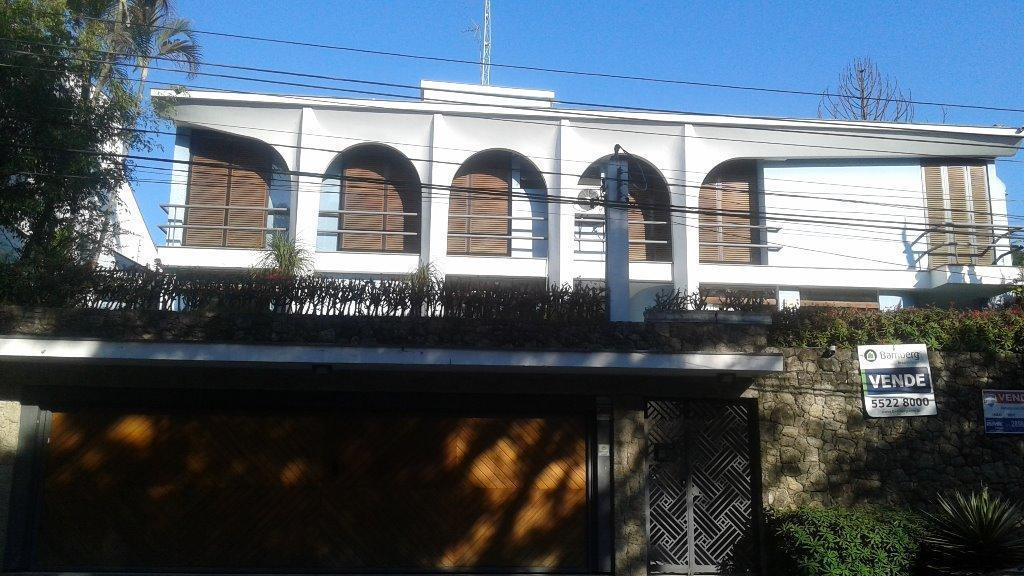 Casa Padrão à venda, Interlagos, São Paulo