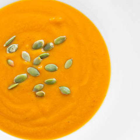 Butternut Squash and Garlic Soup