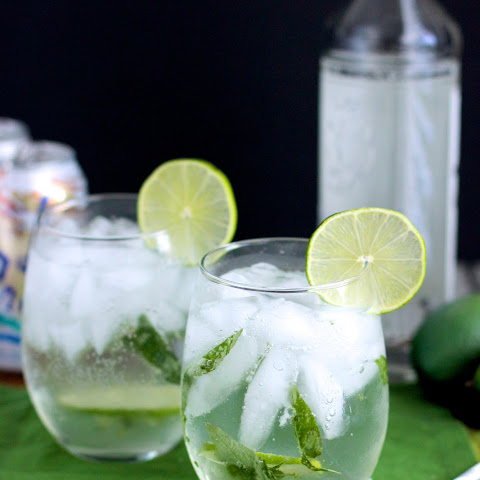 Lemongrass and Thai Basil Mojito