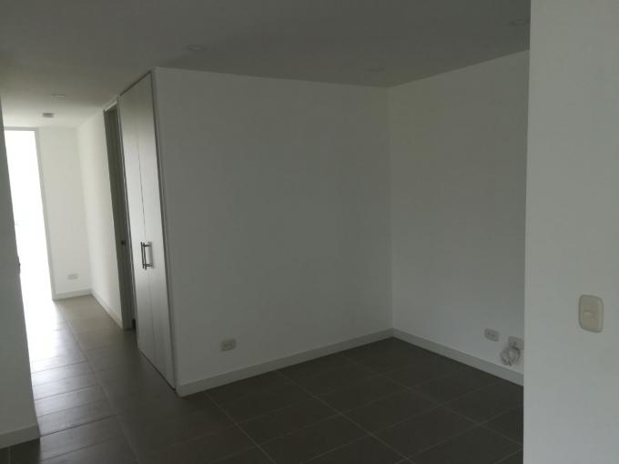 apartamento en venta poblado 679-16605