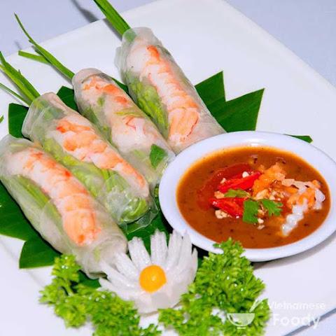 Southern Vietnamese Salad Spring Rolls (Goi Cuon)