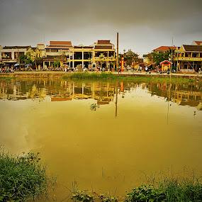 Hoi An, simple but rich by Duc Minh - City,  Street & Park  Vistas ( vistas, hoi an, old city )