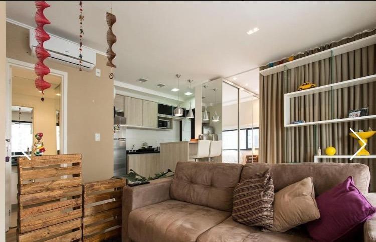 Flat com 1 dormitório para alugar, 66 m² por R$ 7.500/mês -