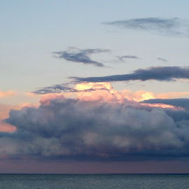 Captivating Clouds 10 by RMC Rochester - Landscapes Cloud Formations ( random, nature, clouds, abstract, water, landscape, colors,  )