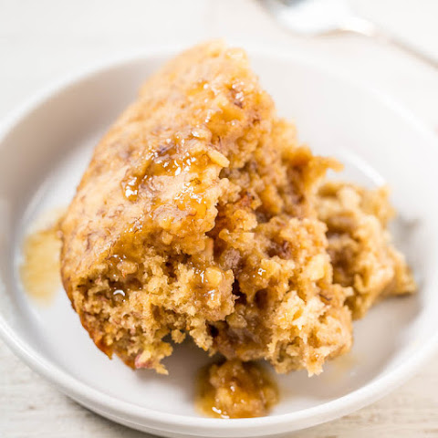 Slow Cooker Banana Bread Cake with Brown Sugar Sauce