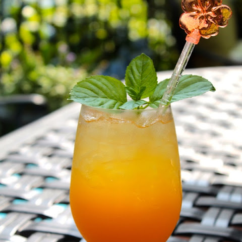 The Oscar Cocktail - adapted from Oscar's Signature Caribbean Punch at www.oscardelarenta.com