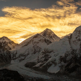 Everest by Madhujith Venkatakrishna - Landscapes Travel