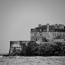 Fort Niagara by David Clare - Buildings & Architecture Public & Historical ( french castle, park, black and white, new york state, castle, fort niagara, historic )