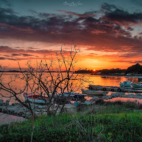 Tihi porat by Branko Meic-Sidic - Landscapes Waterscapes ( prosika, hdr, sunset, boats, dreamatic, croatia, seascape, colours, pirovac )