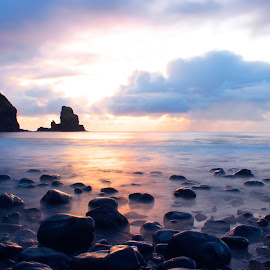 Talisker Bay by Anthony Weber - Landscapes Waterscapes ( scotland, sunset, ocean, beach, isle of sky )
