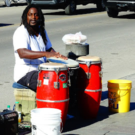Good Conga Rap by David Walters - People Musicians & Entertainers ( street musician, colors, french quarter, drums, sony hx400v, city )