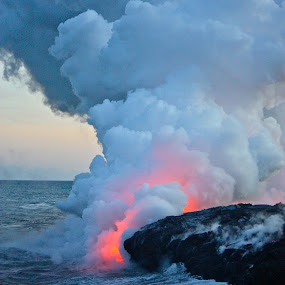 Lava Flows into the Ocean in Hawaii by Venetia Featherstone-Witty - News & Events Weather & Storms ( fresh lava, lava and clouds of steam, lava enters ocean at kalapana, boiling ocean from lava entry, volcanic clouds, lava flows into the ocean, hawaii, kiluea volcano,  )
