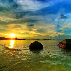 Stone sunset dream by Sigit Setiawan - Landscapes Sunsets & Sunrises ( tanjung kelayang, indonesia, sunset, stone, beach, colorfull, belitung )
