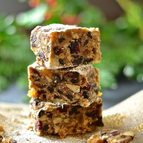 Raw Christmas Fruit Cake