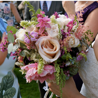 Wedding flowers by Jo The Florist | Kent