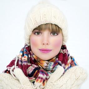 Snow white by Alexandru Tache - People Fashion ( winter, snow, white, romania, oil art, photo )