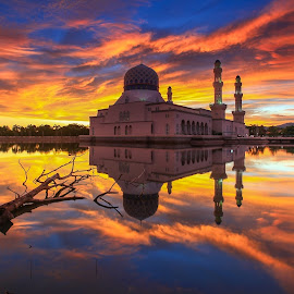 The North Borneo Mosque by Lawrence Chung - Buildings & Architecture Architectural Detail ( muslim, sky, city mosque, colorful, mosque, cloud, tourism sabah, ramadan )