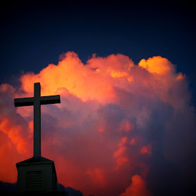 Crossed sky by Jes Stout-Fortenberry - Novices Only Landscapes ( pwcfoulweather-dq, sunset cross )