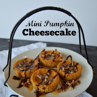 Mini Pumpkin Cheesecake with Chocolate, Caramel and Pecans