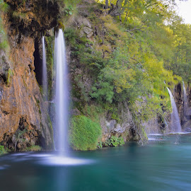 Waterfalls in Plitvice Lakes National Park by Marcin Frąckiewicz - Landscapes Waterscapes ( waterfalls )