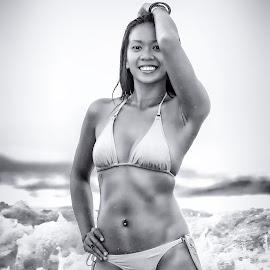 Bali Bikini Shoot by Etienne Smit - People Fashion