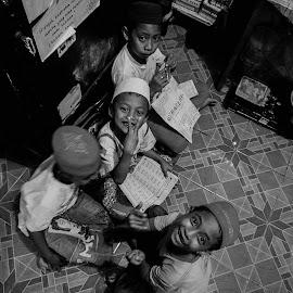 mengaji by Kiyut Fareta - Babies & Children Children Candids