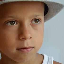 by Jean Jacques Quenel - Babies & Children Child Portraits