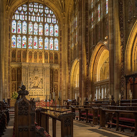 Sherborne Abbey. by Simon Page - Buildings & Architecture Places of Worship
