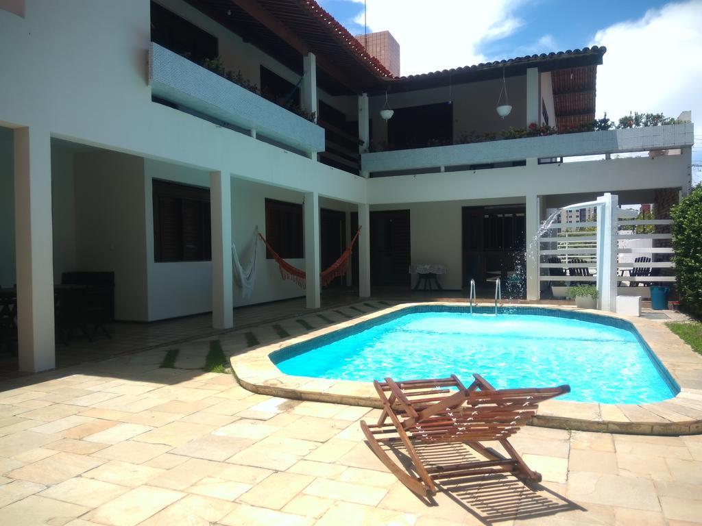 Casa com 5 dormitórios para alugar, 380 m² por R$ 6.000,00/mês - Manaíra - João Pessoa/PB
