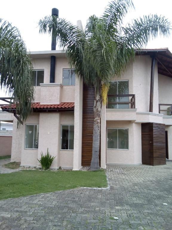 Casa com 3 dormitórios para alugar, 106 m² por R$ 1.200/mês - Universitário - Tijucas/SC