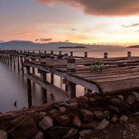 Bintang di Kempo by Erwan Setyawan - Landscapes Waterscapes ( dermaga, lama, kempo )