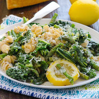 Lemony Asparagus and Kale Pasta