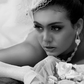 Soraya by Widi Hardhanu - Wedding Bride
