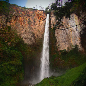 Sipiso-piso Waterfall by Gusti Mhn - Landscapes Waterscapes