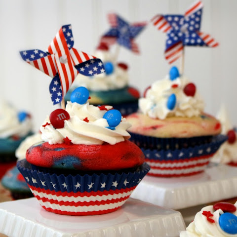 Red, White and Blue Firecracker Cupcakes