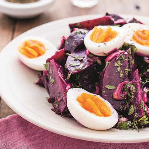 How To Make Beet Salad With Soft-Boiled Eggs