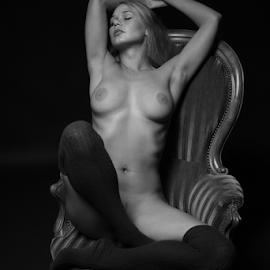 by Reto Heiz - Nudes & Boudoir Artistic Nude ( chair, sexy, nude )