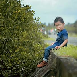 Azriel Van Goma by Firmansyah Goma - Babies & Children Child Portraits ( child, azriel, my boy, my sons )