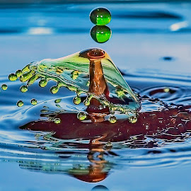 Incoming. by Thomas Thain - Abstract Water Drops & Splashes