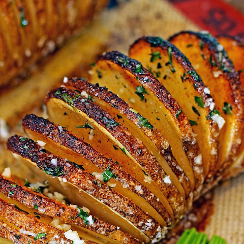 How to Bake a Hasselback Potato