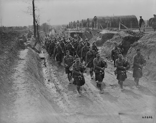 """72nd Bn. Returning to camp after a route march. May 1918."" Canada. Dept. of National Defence/Library and Archives Canada."
