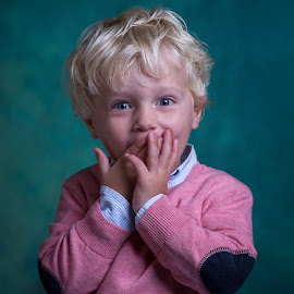 Little Boy by Henk  Veldhuizen - Babies & Children Child Portraits ( child, boys, children, smile, boy )