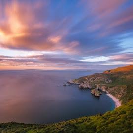 The white beach. by Piotr Dominiak - Landscapes Sunsets & Sunrises ( cliffs, ireland, atlantic ocean, sunset, long exposure, seascape, landscape, donegal )